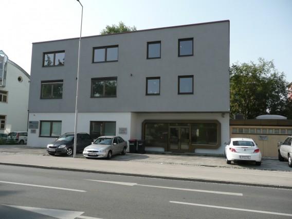 Schöne Geschäfts- und Praxisräume - Nähe HAK - Hasnerstrasse